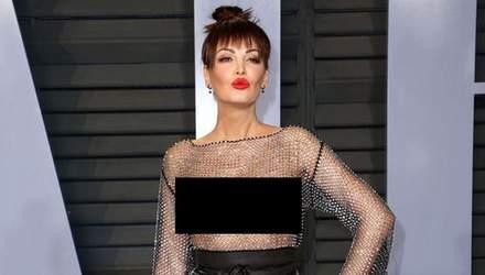 """Албанська співачка прийшла на вечірку у """"голій"""" сукні від українського дизайнера"""