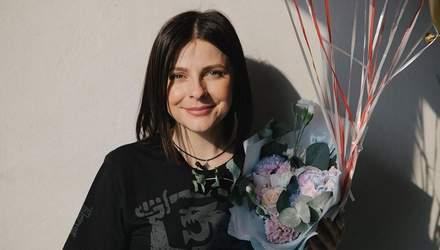 """Оксана Муха побывала в квартире, которую ей подарили после победы на """"Голосе страны-9"""": фото"""