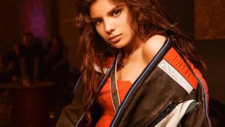 Ушла в отрыв: сексапильная Мишель Андраде представила зажигательный клип на песню Tranquila