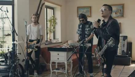"""O.Torvald презентував кліп """"Десь не тут"""" за участі нової дівчини-барабанщиці"""