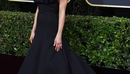 """Черный лебедь: Дженнифер Энистон на красной дорожке """"Золотого глобуса"""""""