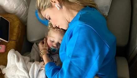 Как комфортно путешествовать с детьми самолетом