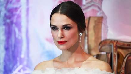Кіра Найтлі здійснила світський вихід у сукні від Chanel: фото