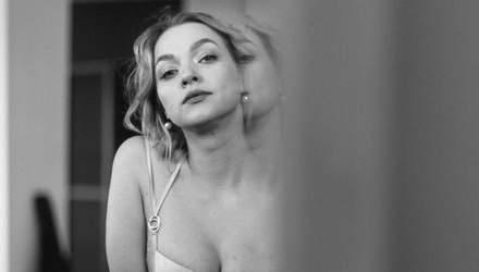 Любимица Нацотбора Евровидения-2020 KRUTЬ засветила грудь в соблазнительном корсете: фото