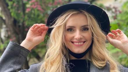 У чорному капелюсі та звабливому корсеті: Ірина Федишин підкорила мережу ідеальним образом
