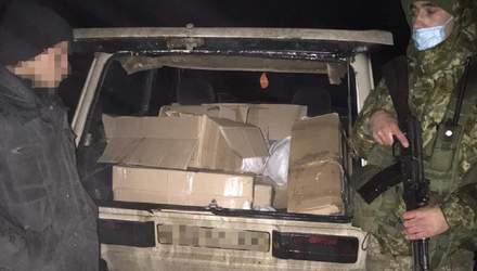 Майже 300 книг про Гаррі Поттера хотіли незаконно вивезти у Росію: фото, відео контрабанди