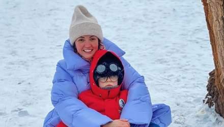 Оля Цибульская покаталась на санках с сыном: смешное видео