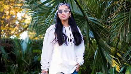 Знакомимся ближе: Нини Нгуен – любимая стилистка Рианны, которая одевает ее в винтажные вещи