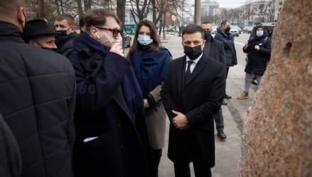 Зеленський відкрив інсталяцію до Дня пам'яті Голокосту: фото