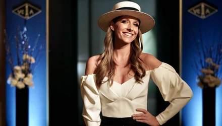 Катя Осадчая показала безупречный образ в изысканной блузке: фото