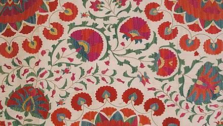 Невероятные орнаменты древней узбекской вышивки сюзане: удивительная подборка