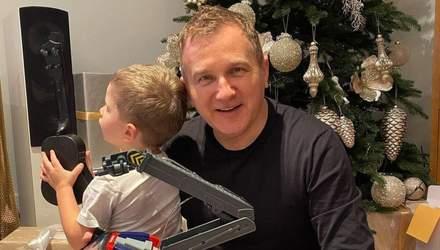 В одинаковых нарядах: Юрий Горбунов показал, как проводит выходные с сыном