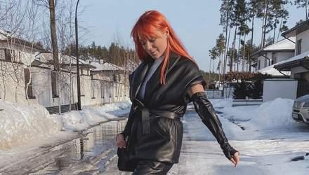 Світлана Тарабарова вразила мережу cміливим костюмом з екошкіри: стильний образ