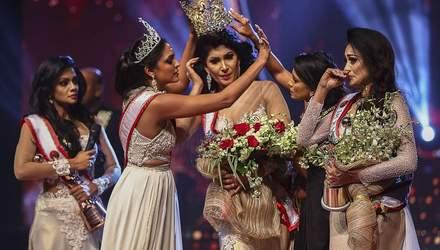 """""""Місіс Світу-2020"""", яка нахабно зняла корону з """"Місіс Шрі-Ланка"""", заарештували"""