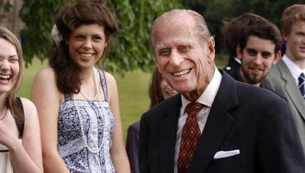 Муж внучки принца Филиппа обнародовал проникновенное фото герцога и своей дочери