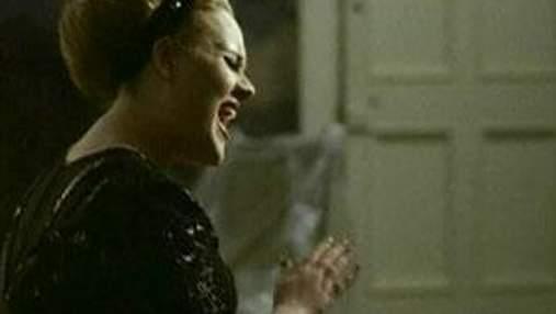 Співачка Адель відмінила усі концерти до кінця 2011 року