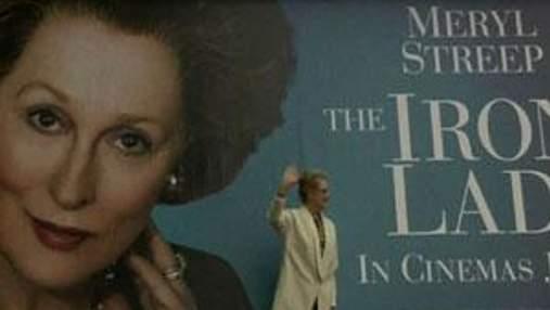 """Акторка Меріл Стріп презентує перший постер свого фільму """"Залізна леді"""""""