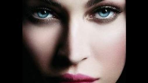 Лицо красоты: Меган Фокс снялась в рекламе косметики Giorgio Armani (ВИДЕО)