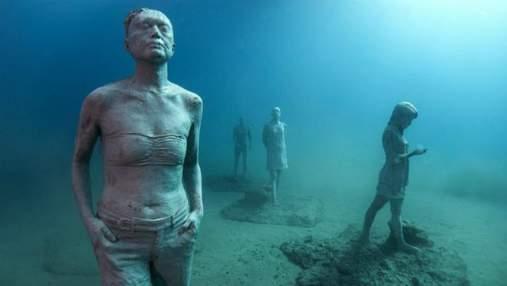 Селфи и одинокие люди: как выглядит первый в Европе подводный музей