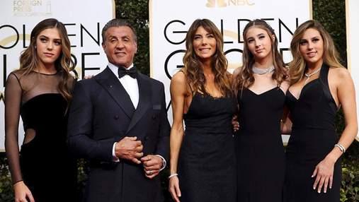 Сільвестр Сталоне опублікував фото зі своїми доньками-красунями