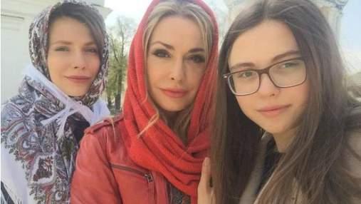 Домашні паски та коло сім'ї: фото із святкувань Великодня українських зірок