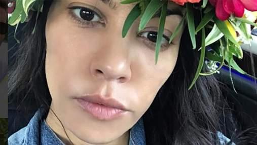 Сестра Ким Кардашян полностью обнажилась в воде: фото 18+