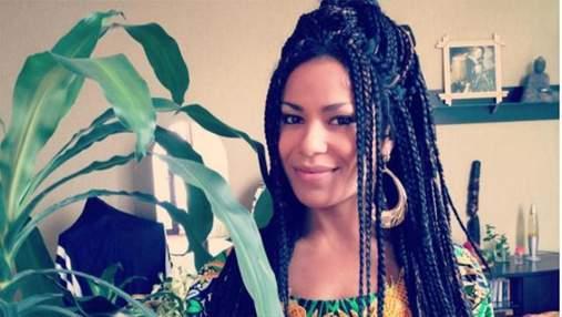 Вагітна Гайтана показала округлий живіт під час зйомок: відео