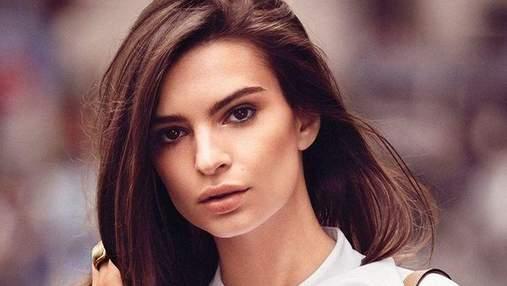 Известная модель Эмили Ратаковски дразнит фанатов соблазнительными фото с отдыха