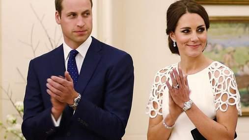 Почему принц Уильям и Кейт Миддлтон не держатся на людях за руки