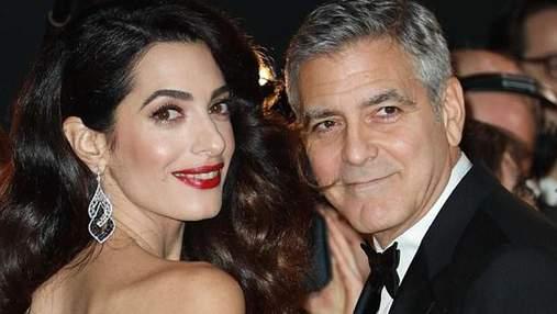 Джордж Клуни с женой устроили романтическое свидание в Венеции: фото