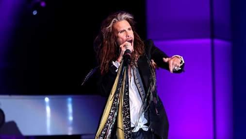 Aerosmith срочно отменил прощальные концерты из-за болезни Стивена Тайлера