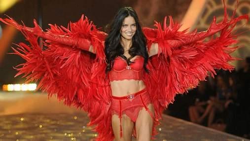 Соблазнительные модели Victoria's Secret, которым уже за 30: захватывающие фото