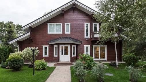 """Зірка """"95 кварталу"""" Олена Кравець показала свій новий будинок: фото"""