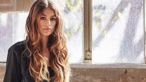 Кайя Гербер стала обличчям відомого косметичного бренду: фото