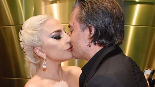 Леди Гага обручилась: певица засветила обручальное кольцо на Грэмми-2018