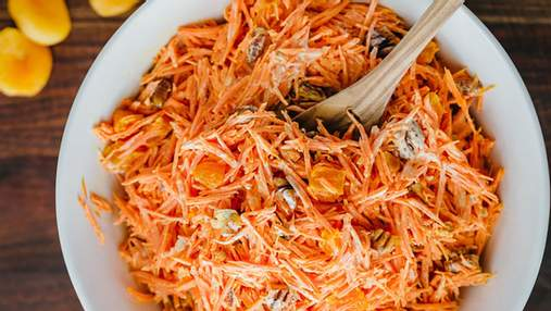Смачний рецепт салату з моркви