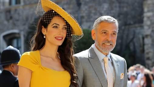 Первые гости королевской свадьбы: несравненная Амаль и Джордж Клуни – фото