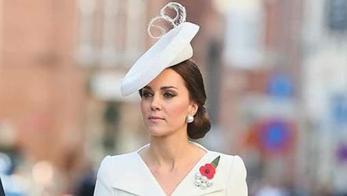 Кейт Міддлтон зачарувала ніжним образом на королівському весіллі: фото
