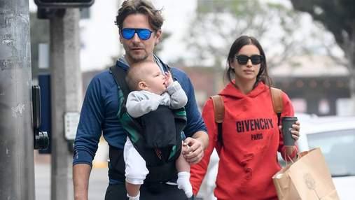 Ірина Шейк і Бредлі Купер на прогулянці з донькою в Нью-Йорку: фото