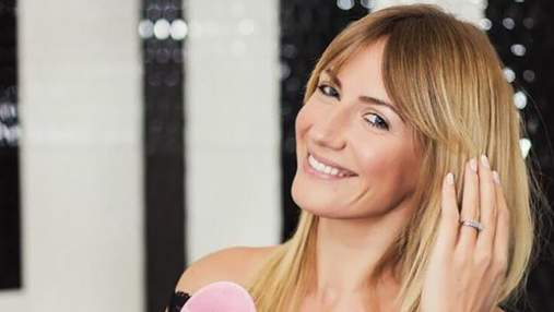 Леся Никитюк с розовыми волосами снялась в популярном шоу: фотофакт