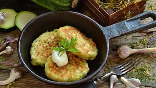 Запашні оладки з кабачків: смачний рецепт страви