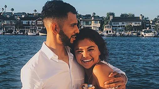Селена Гомес отметила день рождения на роскошной яхте: фотофакт