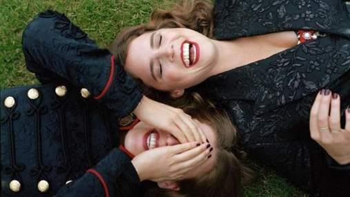 Принцессы Беатрис и Евгения снялись в элегантной фотосессии для Vogue
