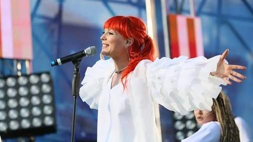 Светлана Тарабарова дала первый концерт после родов: фотофакт