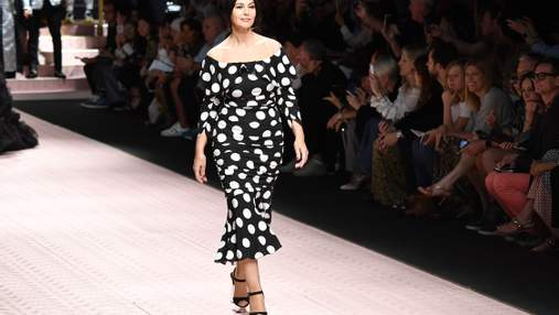 Італійський шик: як виглядала Моніка Беллуччі на шопінгу в Мілані