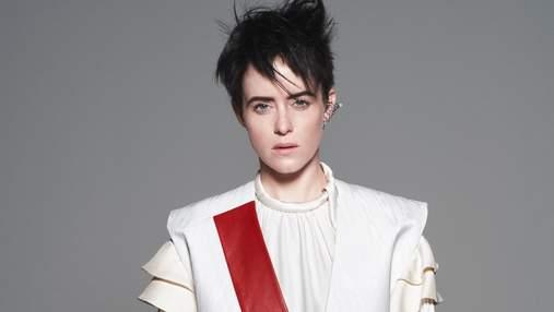 """Зірка """"Корони"""" та """"Першої людини"""" Клер Фой прикрасила обкладинку журналу Vogue"""