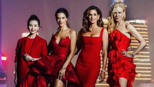 Кроуфорд, Амбросио и Кидман поразили красными платьями в Шанхае: фото