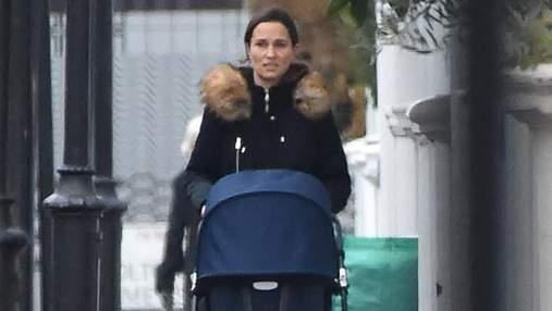 Пиппа Миддлтон гуляет с сыном в бюджетном наряде: неожиданные фото