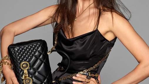 Эпатажно: Ирина Шейк и Белла Хадид снялись в рекламной кампании Versace – фото