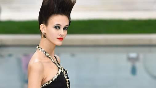 """""""Маленькое черное платье"""": какие кутюрные образы подготовил Chanel в новом сезоне – фото"""